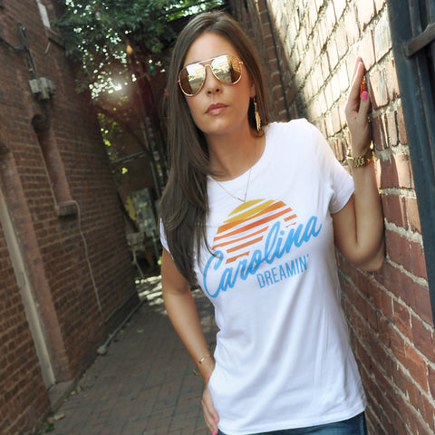 CAROLINA DREAMIN WOMEN'S TEE