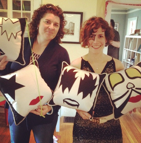 Kiss custom made pillows