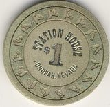 Station House $1 (off-white) chip - Spinettis Gaming - 1