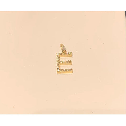LC-YellowGoldAndDiamondInitialNecklaceCharm-2021-Pumpz