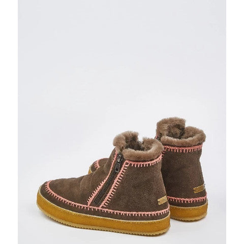 Laidback London Setsu chocolate suede crochet boot Pumpz