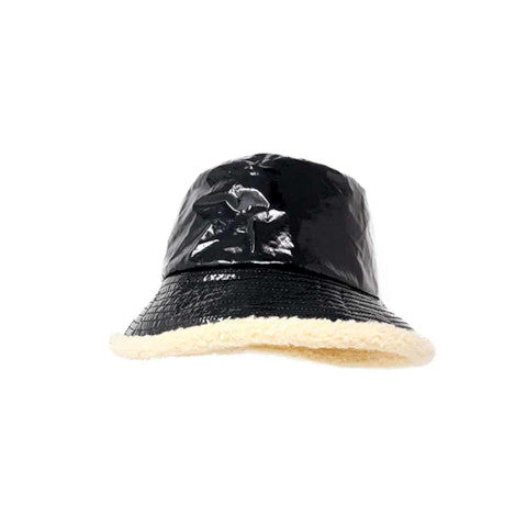 Grevi reversible black patent fisherman bucket hat Pumpz