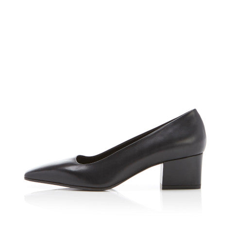 Marion Parke Pierson Black leather Pump Pumpz