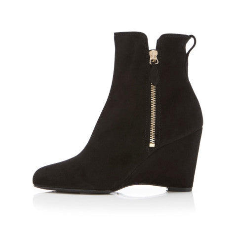 Marion Parke Driscoll black suede wedge boot Pumpz