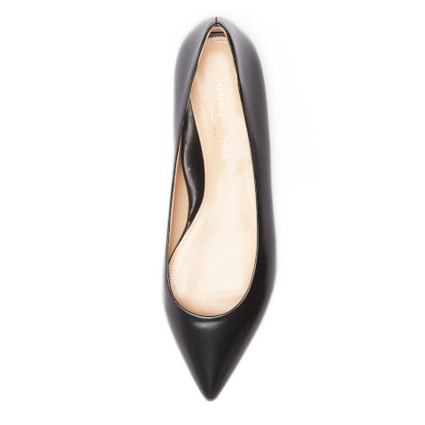 Marion Parke must have flat black leather gold heel Pumpz