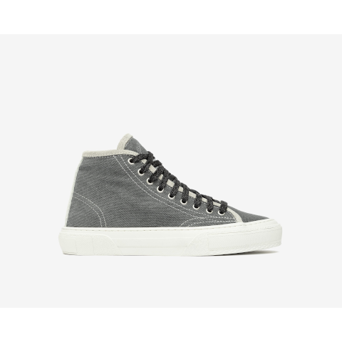 P448 high top grey sneaker Sally Tay/Jea Pumpz