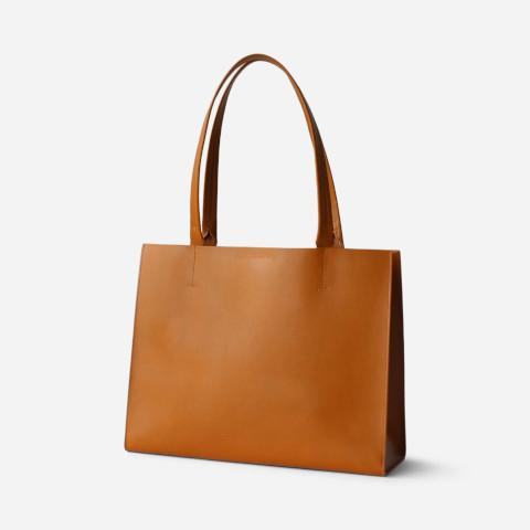 Minor History News Tote Maple Pumpz
