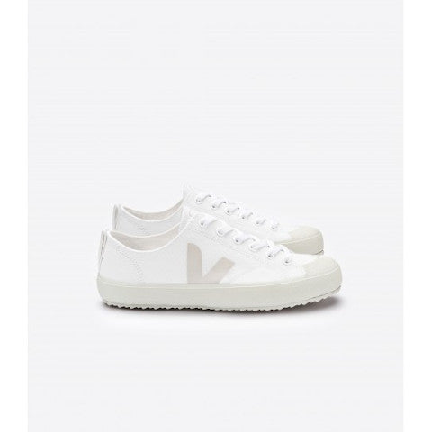 Veja Nova Pierre VEGAN canvas black or white sneaker