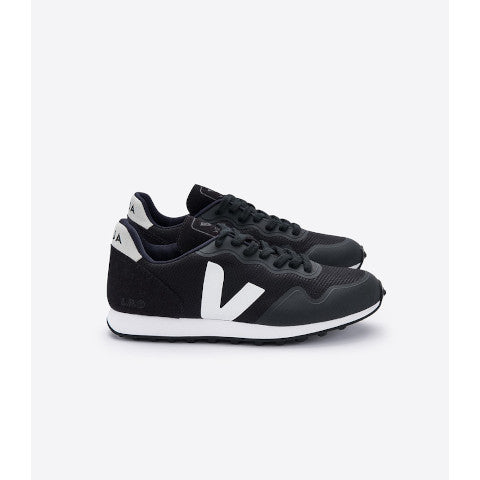 Veja SDU RT Black Natural Pumpz