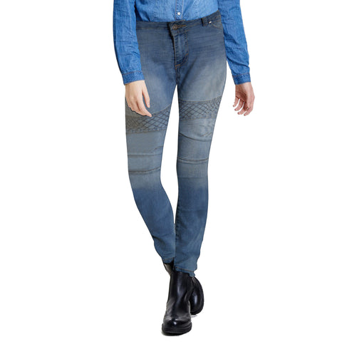 Ladies Denim & Co. Stretchable Slim Fit Jeans in Check Knee Style  (01)