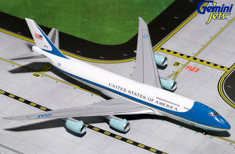 1/400 GeminiJets Air Force One (New) Boeing 747-81 Diecast Model - RW Hobbies