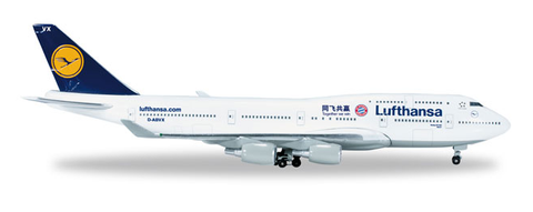 "1/500 Herpa Lufthansa ""FC Bayern München: China Tour 2015"" Boeing 747-400 Diecast Model - RW Hobbies"
