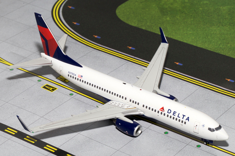 1/200 GeminiJets Delta Airlines Boeing 737-800 Diecast Model - RW Hobbies