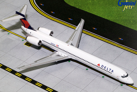 1/200 GeminiJets Delta Airlines McDonnell Douglas MD-90 Diecast Model - RW Hobbies