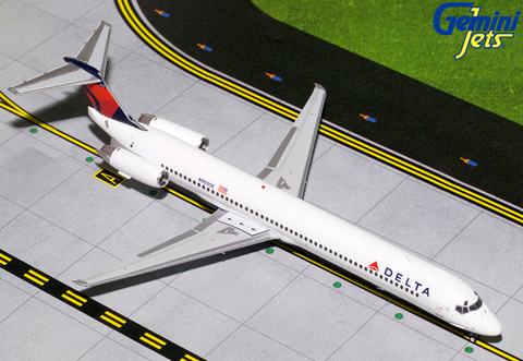 1/200 GeminiJets Delta Airlines McDonnell Douglas MD-88 Diecast Model - RW Hobbies
