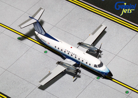 1/200 GeminiJets United Airlines Express Embraer EMB-120 Brasilia Diecast Model - RW Hobbies