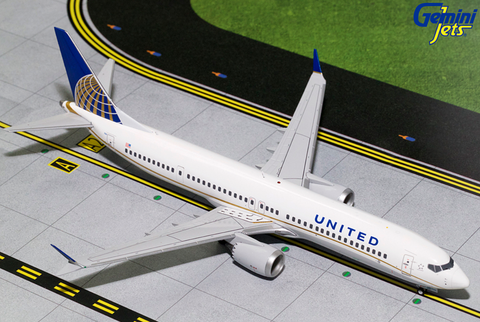 1/200 GeminiJets United Airlines Boeing 737 MAX 9 Diecast Model - RW Hobbies