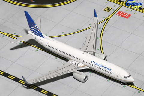 1/400 GeminiJets Copa Airlines Boeing 737-800w Diecast Model - RW Hobbies