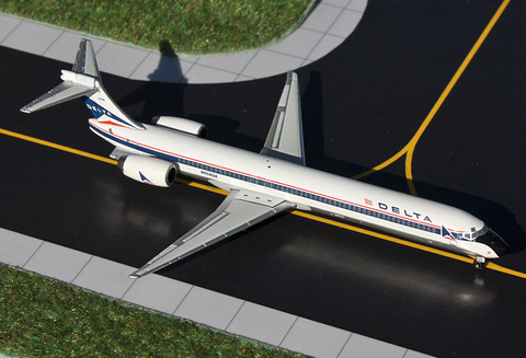 1/400 GeminiJets Delta Airlines McDonnell Douglas MD-90 Diecast Model - RW Hobbies
