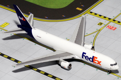 1/400 GeminiJets FedEx Boeing 767-300F Diecast Model - RW Hobbies