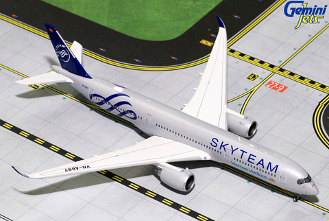 "1/400 GeminiJets Vietnam Airlines ""Skyteam"" Airbus A350 Diecast Model - RW Hobbies"
