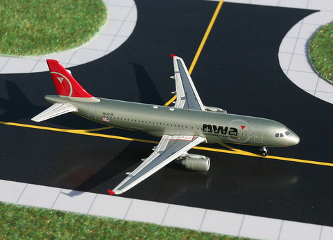 1/400 GeminiJets Northwest Airlines Airbus A320-200 Diecast Model - RW Hobbies