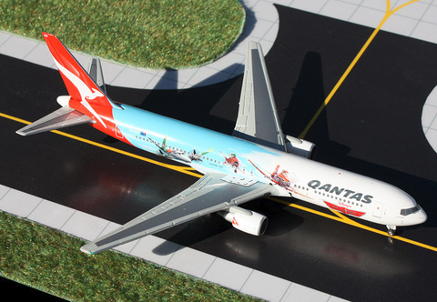 "1/400 GeminiJets Qantas Airways ""Disney's Planes"" Boeing 767-300 Diecast Model - RW Hobbies"