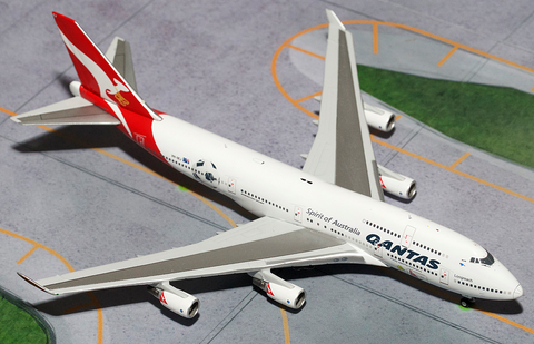 "1/400 GeminiJets Qantas Airways ""World Cup"" Boeing 747-400 Diecast Model - RW Hobbies"