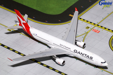 1/400 Gemini Jets Qantas Airbus A330-200 Diecast Model Airplanes - RW Hobbies