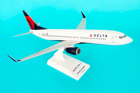 Skymarks Delta Airlines Boeing 737-800w 1/130 Plastic Model - RW Hobbies