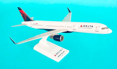 Skymarks Delta Airlines Boeing 757-200w 1/150 Plastic Model - RW Hobbies