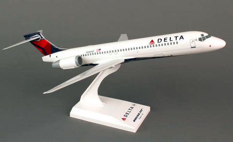 Skymarks Delta Airlines Boeing 717-200 1/130 Plastic Model - RW Hobbies