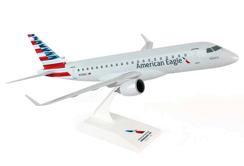 Skymarks American Airlines Embraer ERJ-175 1/100 Plastic Model - RW Hobbies