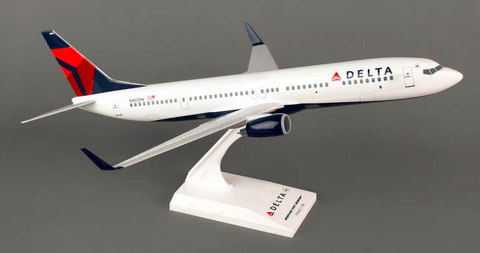 Skymarks Delta Airlines Boeing 737-900w 1/130 Plastic Model - RW Hobbies