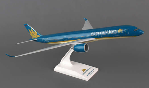 Skymarks Vietnam Airlines Airbus A350-900 1/200 Plastic Model - RW Hobbies