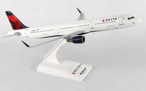 Skymarks Delta Airlines Airbus A321s 1/150 Plastic Model - RW Hobbies