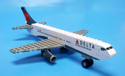 Best-Lock Delta Airlines 55 Piece Construction Toy - RW Hobbies
