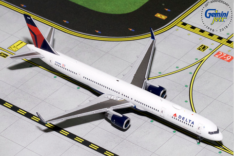 1/400 GeminiJets Delta Airlines Boeing 757-300 Diecast Model - RW Hobbies