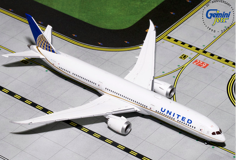 1/400 GeminiJets United Airlines Boeing 787-10 Dreamliner Diecast Model - RW Hobbies