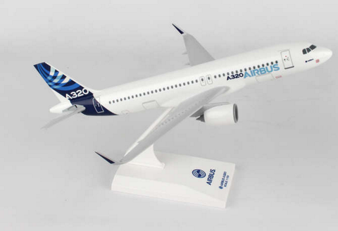 Skymarks Airbus House with Neo Engines A320-200 1/150 Plastic Model - RW Hobbies