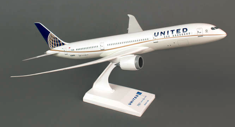 Skymarks United Airlines Boeing 787-9 Dreamliner 1/200 Plastic Model - RW Hobbies