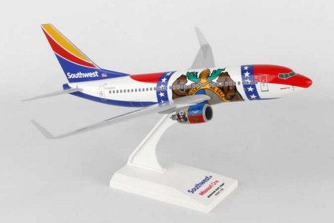 "Skymarks Southwest Airlines ""Missouri One"" Boeing 737-700w 1/130 Plastic Model - RW Hobbies"