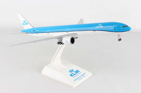 Skymarks KLM Royal Dutch Airlines Boeing 777-300ER 1/200 Plastic Model - RW Hobbies
