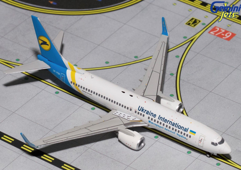 1/400 GeminiJets Ukraine International Boeing 737-800w Diecast Model