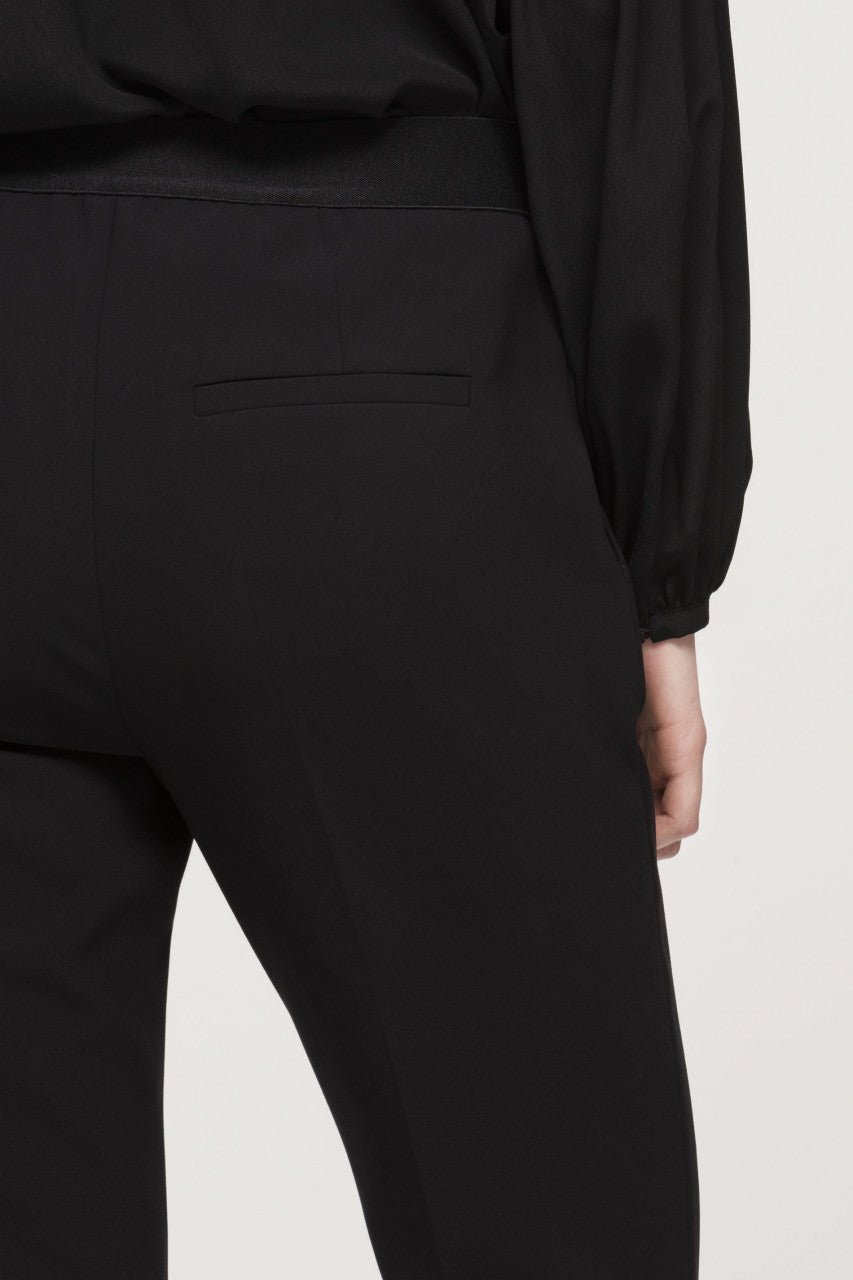 Luisa Cerano Slim-Tailored Pants