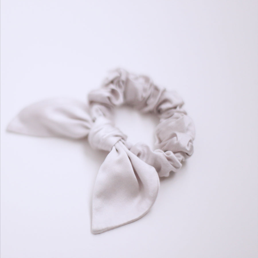25mm Hand Dyed Silk Scrunchies - Pale Gray