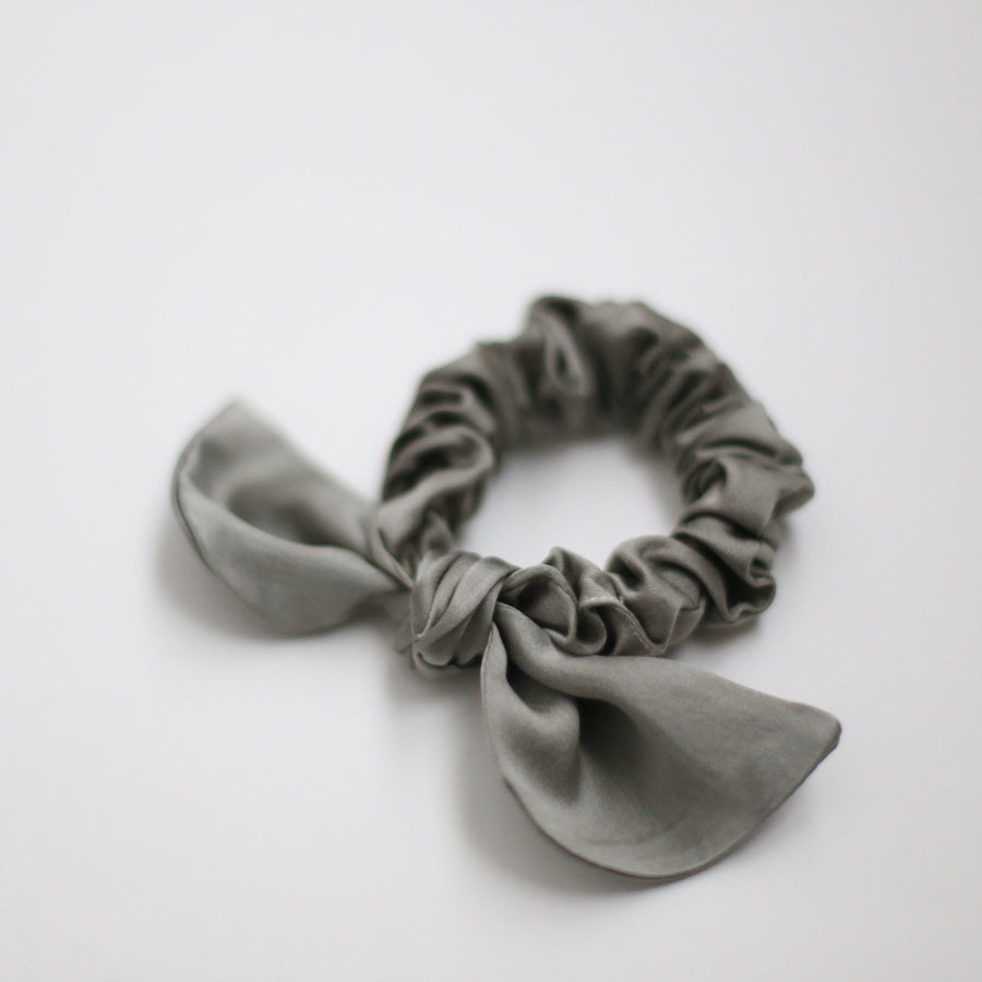 25mm Hand Dyed Silk Scrunchies - Silver Sage