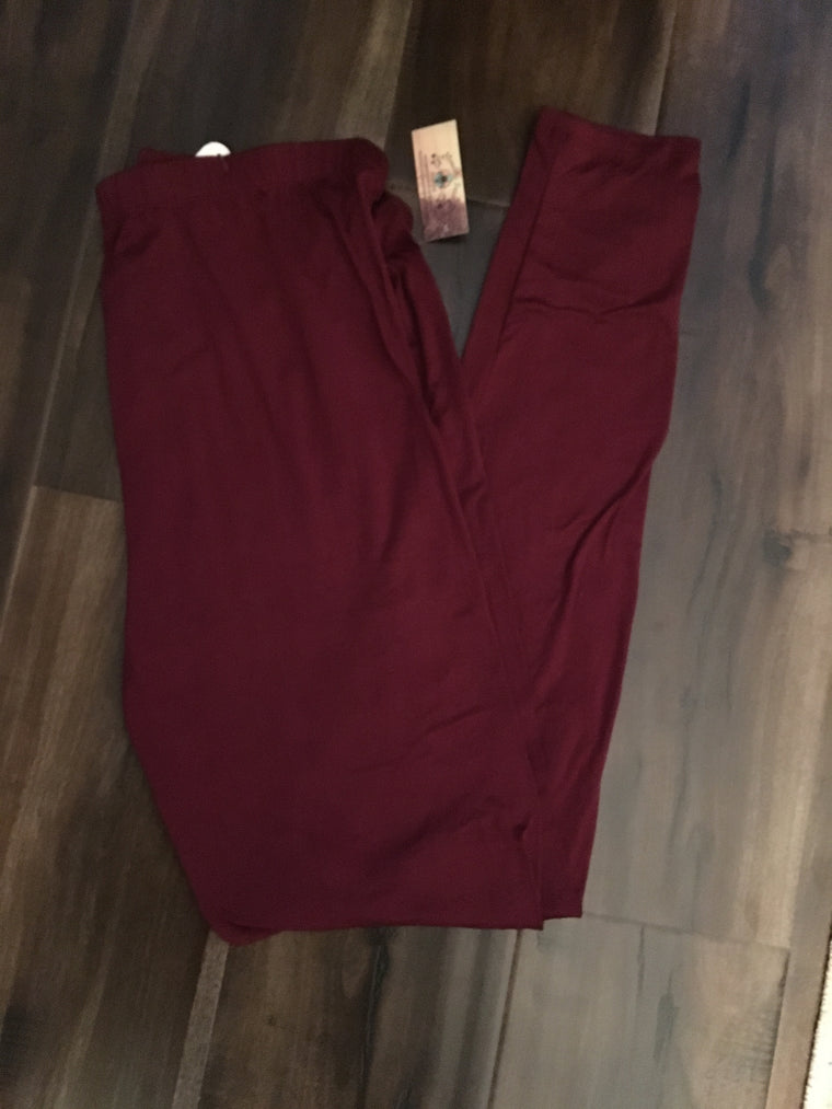 Curvy Burgundy Super Soft Leggings*