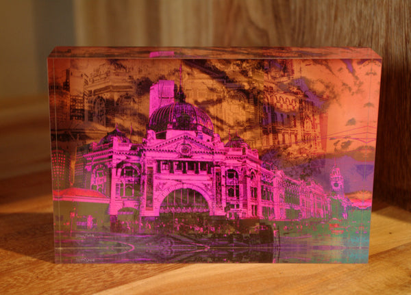 Free Standing - Melbourne Flinders Street Station - in the pink