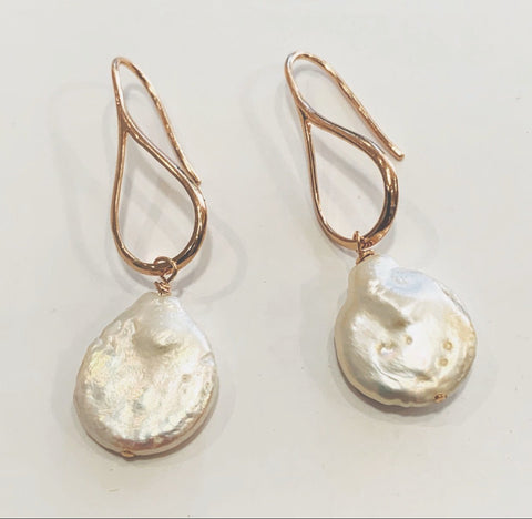 Elfy Earrings Rose Gold Hook with Flat Round Pearl